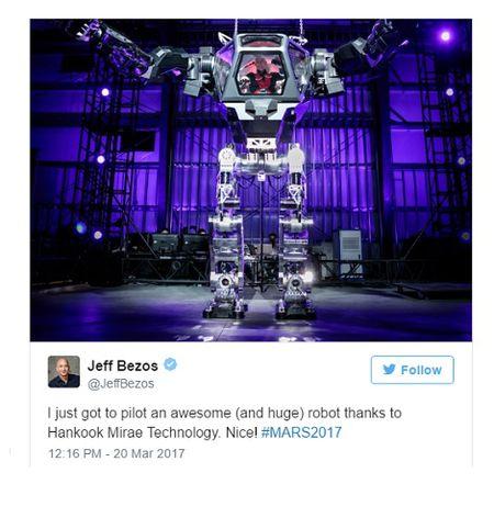 CEO Amazon lai robot khong lo nhu trong phim - Anh 3