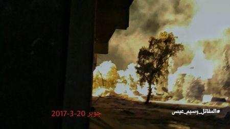 Quan doi Syria dap tan cuoc tan cong cua phien quan tai Damascus - Anh 3