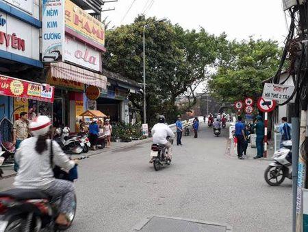 Thanh pho Hue: Nhung chien si canh sat giao thong mau ao xanh - Anh 3