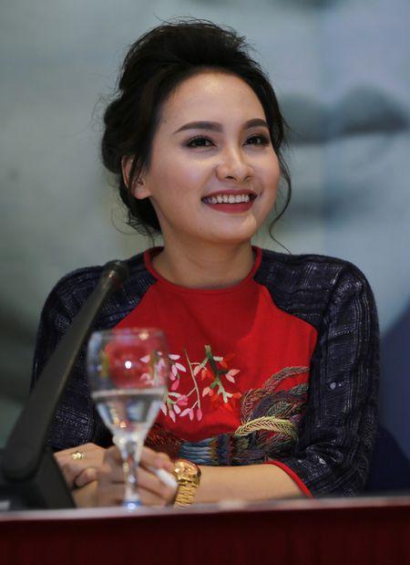 NSND Lan Huong: 'Toi so con dau va thong gia suy nghi khi xem phim Song chung voi me chong' - Anh 3