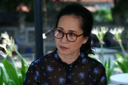 NSND Lan Huong: 'Toi so con dau va thong gia suy nghi khi xem phim Song chung voi me chong' - Anh 5