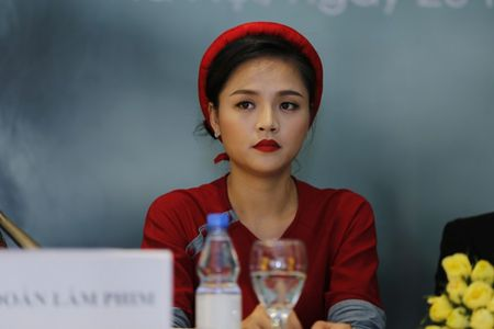 NSND Lan Huong: 'Toi so con dau va thong gia suy nghi khi xem phim Song chung voi me chong' - Anh 8