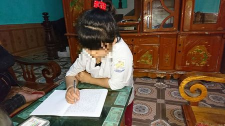 Tuyen Quang: Di sinh nhat ban, nu sinh bi cuong hiep ngay ben bo suoi - Anh 3