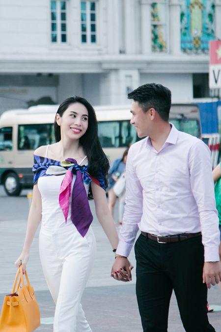 Hoa khoi Nam Em kheo don duong cho chi gai 'tan cong' showbiz - Anh 3