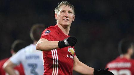 Bastian Schweinsteiger va M.U duong ai nay di - Anh 1