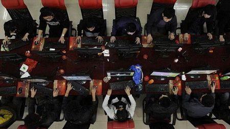 Sinh vien Han Quoc nghien internet - Anh 1