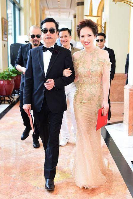 Dien vien Chieu Xuan, MC Thanh Mai dep quyen ru o tuoi U50 - Anh 5