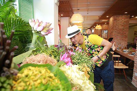 Cung Xuan Bac kham pha Mon ngon Sai Thanh giua long Thu do - Anh 2