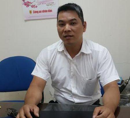 3 thanh nien say ruou mo van ho chua nuoc: Xu ly the nao? - Anh 2