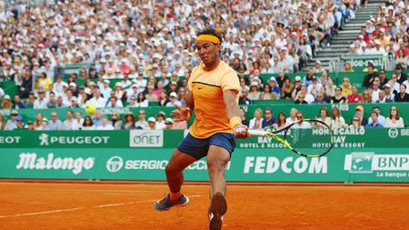Monte-Carlo: Nadal gianh chien thang 'thot tim' - Anh 1