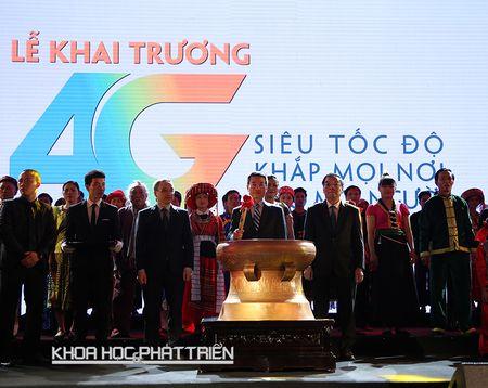 Khai truong mang 4G dau tien o Viet Nam: Khong de nguoi dan nao dung ngoai dong chay cong nghe - Anh 1