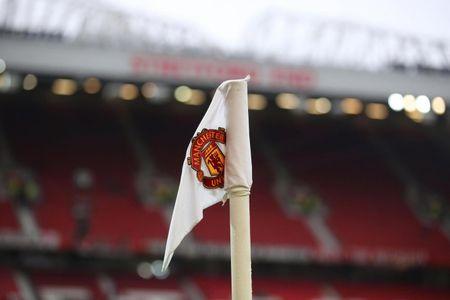 7 fan Manchester United chet vi dien giat khi dang co vu doi nha - Anh 1