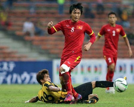 Diem tin bong da Viet Nam toi 21/4: Binh phuc chan thuong, Tuan Anh san sang dau voi dan em Messi - Anh 1