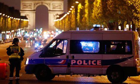 Tom Cruise den Paris quay phim khi phien quan IS xa sung - Anh 3