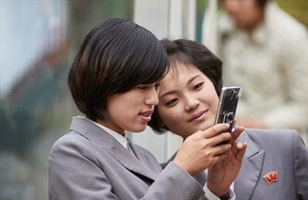 Trieu Tien: Quoc gia bi an nay van giau len bat chap lenh trung phat - Anh 1