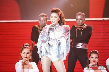Bao Thy mang 'tuyen ngon' moi den Chung ket Remix New Generation - 'La con gai phai xinh!' - Anh 5