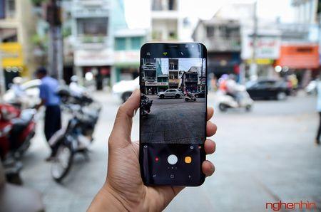 Chi phi san xuat Galaxy S8 la 307,5 USD chi bang gan nua gia ban - Anh 1