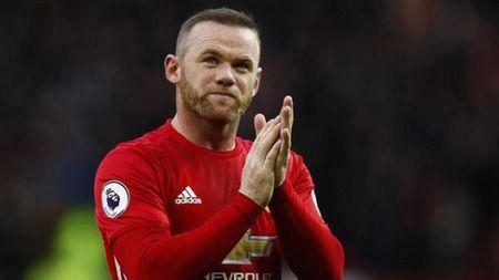 Man United gap bao chan thuong, Mourinho moi nghi toi Rooney - Anh 1