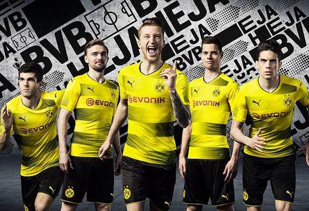 Chum anh: CDV phat sot voi mau ao dau moi cua Dortmund - Anh 1