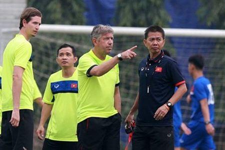 GDKT Jurgen Gede tin tuong vao kha nang chien thang cua U20 Viet Nam - Anh 2