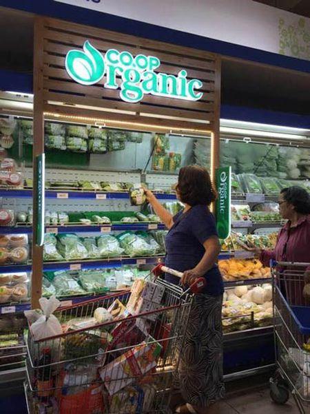 Hien tuong san pham organic 'xin' chay hang o Co.opmart - Anh 2