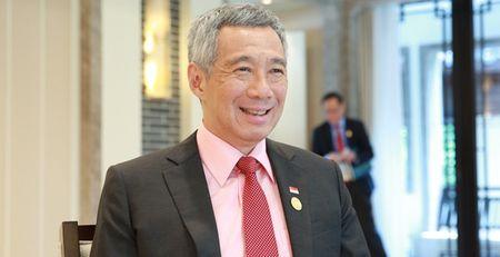 """Trung Quoc chua het """"gian"""" thu tuong Singapore? - Anh 1"""