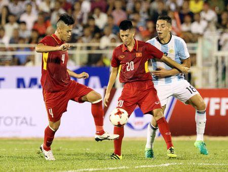 U20 Viet Nam: Tien ve lun, hang thu cao - Anh 1