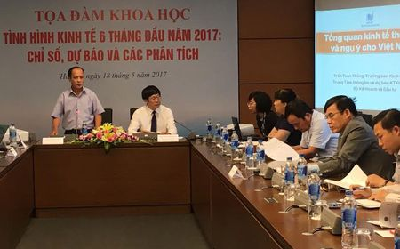 'Tang truong GDP nam 2017 kho dat muc tieu 6,7%' - Anh 1
