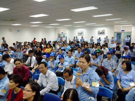 Chu tich Ha Noi: Tong LDLD danh 700-800 ti dong cung TP xay nha o cho cong nhan - Anh 2