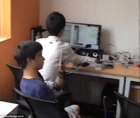 """Dot nhap """"nong trai cay like, view"""" chua den 10.000 smartphone - Anh 2"""