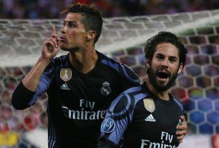 Gareth Bale co the ngoi ngoai tran chung ket Champions League vi... Ronaldo - Anh 3