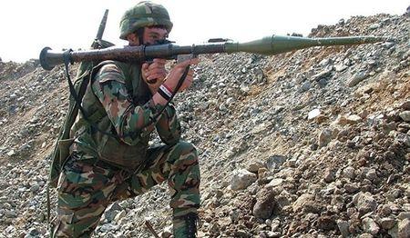 Quan doi Syria phan don Al-Nusra o Dara'a, tieu diet 5 chi huy cap cao khung bo - Anh 1