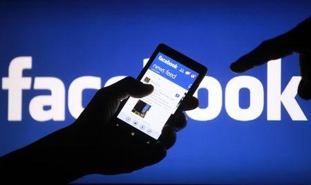 Facebook thong bao Cap nhat moi de giam cac tieu de mang tinh cau view 'Clickbait' - Anh 1