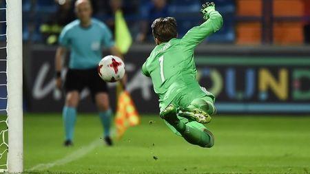 FIFA ap dung luat da 11 m kieu moi tai World Cup U.20 - Anh 1