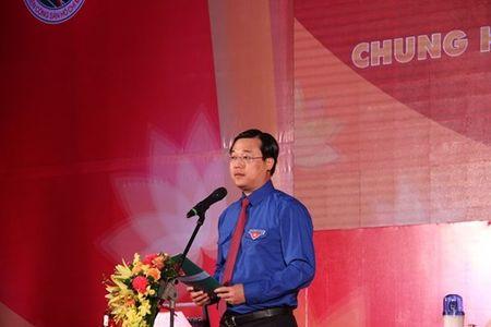 Doi tuyen Thanh pho Ho Chi Minh gianh giai Nhat Hoi thi 'Anh sang soi duong' - Anh 1