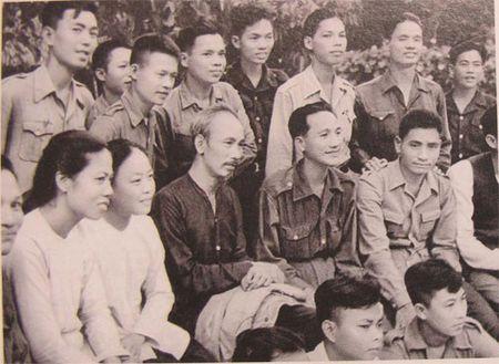 Tinh Thai Nguyen to chuc Le ky niem va chuong trinh nghe thuat dac biet - Anh 1