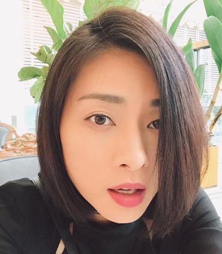Chuyen showbiz: Minh Hang chia se hinh anh hoa... ky nu - Anh 8
