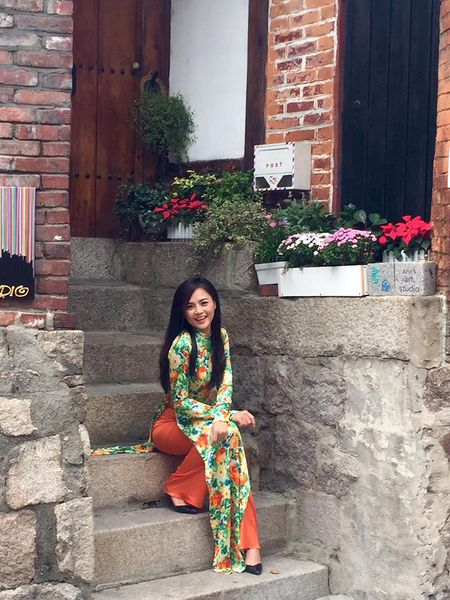 Cuoc song cua Trang phim 'Song chung voi me chong' sau do vo hon nhan voi Chi Nhan - Anh 14