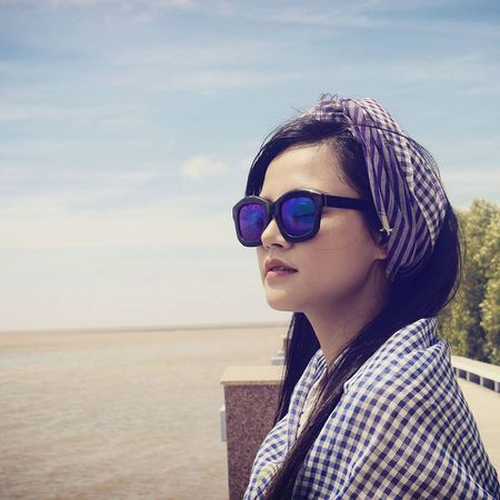 Cuoc song cua Trang phim 'Song chung voi me chong' sau do vo hon nhan voi Chi Nhan - Anh 9