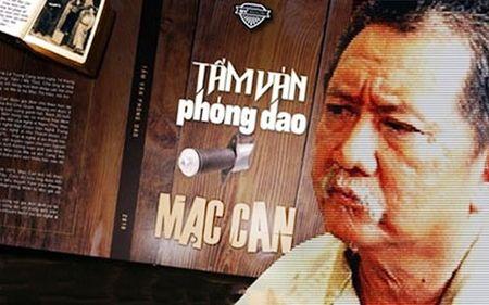 Mac Can va tuoi 72 run ray chan tay - Anh 3