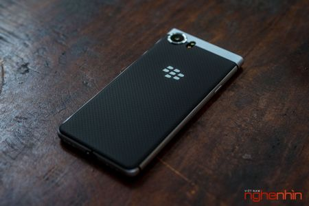 Tren tay Blackberry Keyone: ban ra vao cuoi thang 6, gia 15 trieu - Anh 3