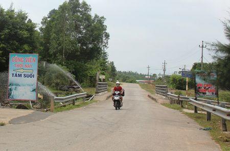 Nhieu khu du lich khong phep 'moc len' tai suoi Luong - Anh 1