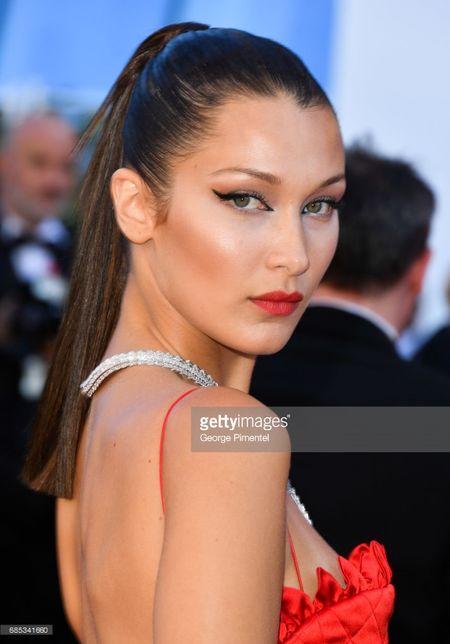 Dan sao Hollywood noi bat, nghe si TQ mo nhat tren tham do Cannes - Anh 3
