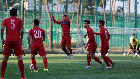 U20 Viet Nam duoc FIFA day cach... ne the - Anh 2