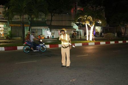 Phat hien hang tram truong hop khong co GPLX van tham gia giao thong - Anh 1