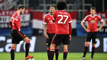 Mourinho o MU: Co gianh Europa League cung la doi tra - Anh 2