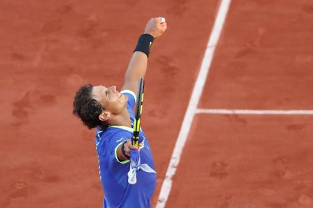 The gioi da thay doi rat nhieu, nhung Nadal va Federer van the hien dang cap tuyet voi - Anh 1