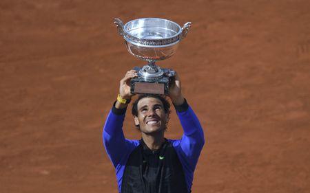 The gioi da thay doi rat nhieu, nhung Nadal va Federer van the hien dang cap tuyet voi - Anh 2
