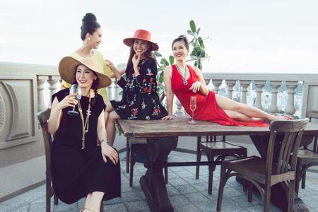 Thuc hu ben trong biet thu cua 2 hoa hau 'giau nhat Viet Nam' - Anh 25