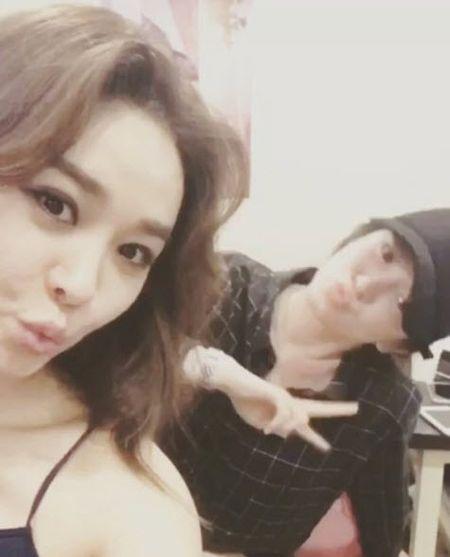 Song Hye Kyo noi ve tin hen ho qua dem voi phi cong tre - Anh 8
